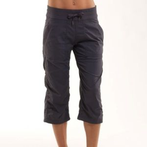Lululemon Studio Crops in Coal Size 8 *Unlined